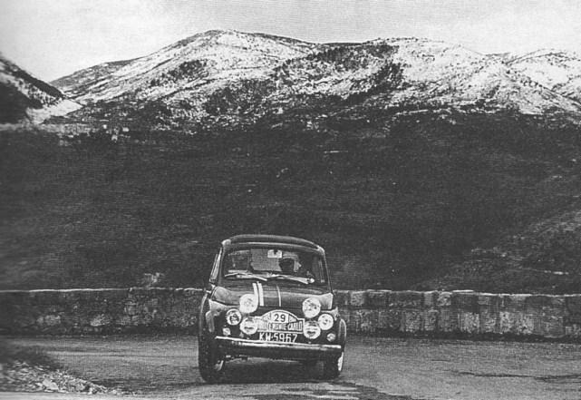 ROK 1965 FOTO.11 RAJD MONTE CARLO - SOBIESŁAW ZASADA